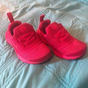 💕Hot pink💕 Toddler 9c Nikes